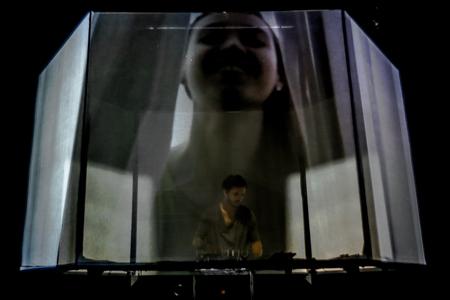 PRISM-Live-Slider